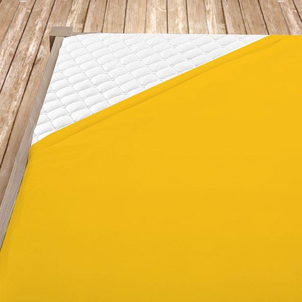 Sytě žluté froté prostěradlo