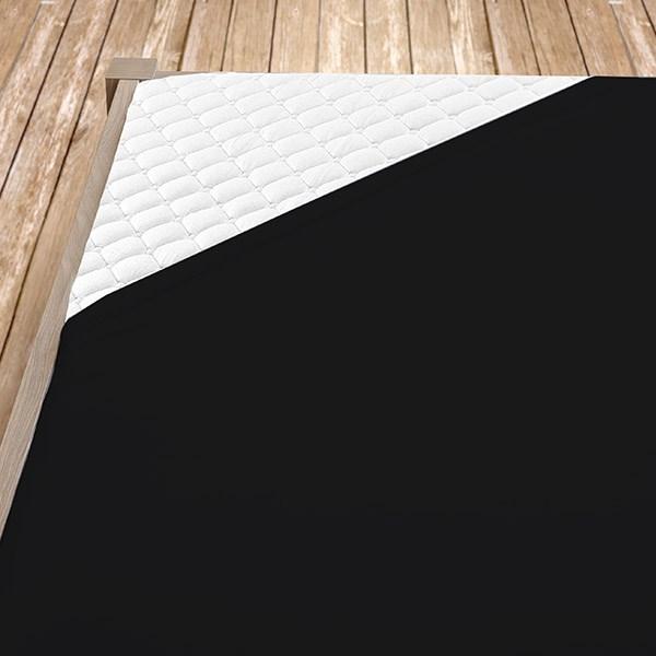 Černé froté prostěradlo